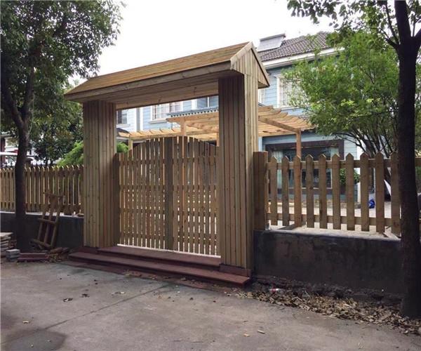 昭通防腐木栅栏
